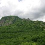 gora_razvalka_vblizi