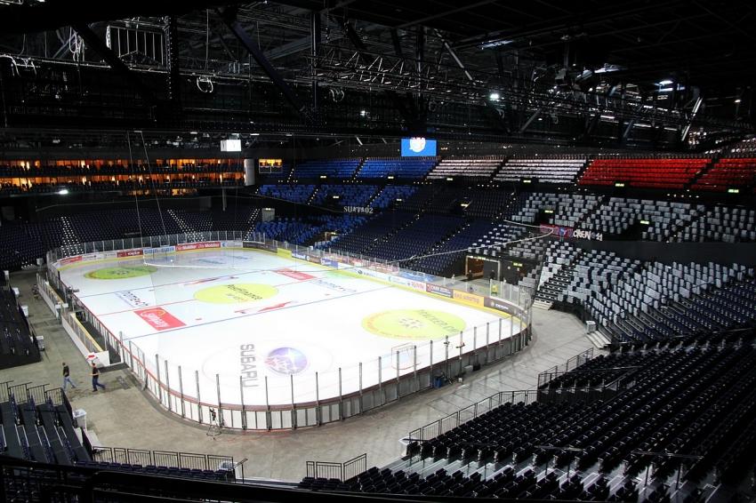 Халленштадион в Цюрихе
